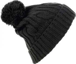 Bonnet customisé avec pompon noir